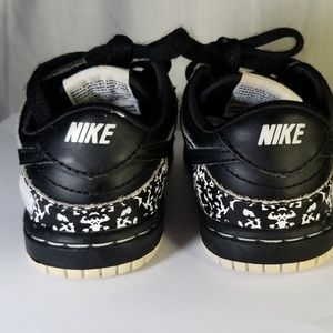 Nike Shoes - Nike Dunk Low Premium Notebook Edition